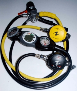 scuba-dive-regulator